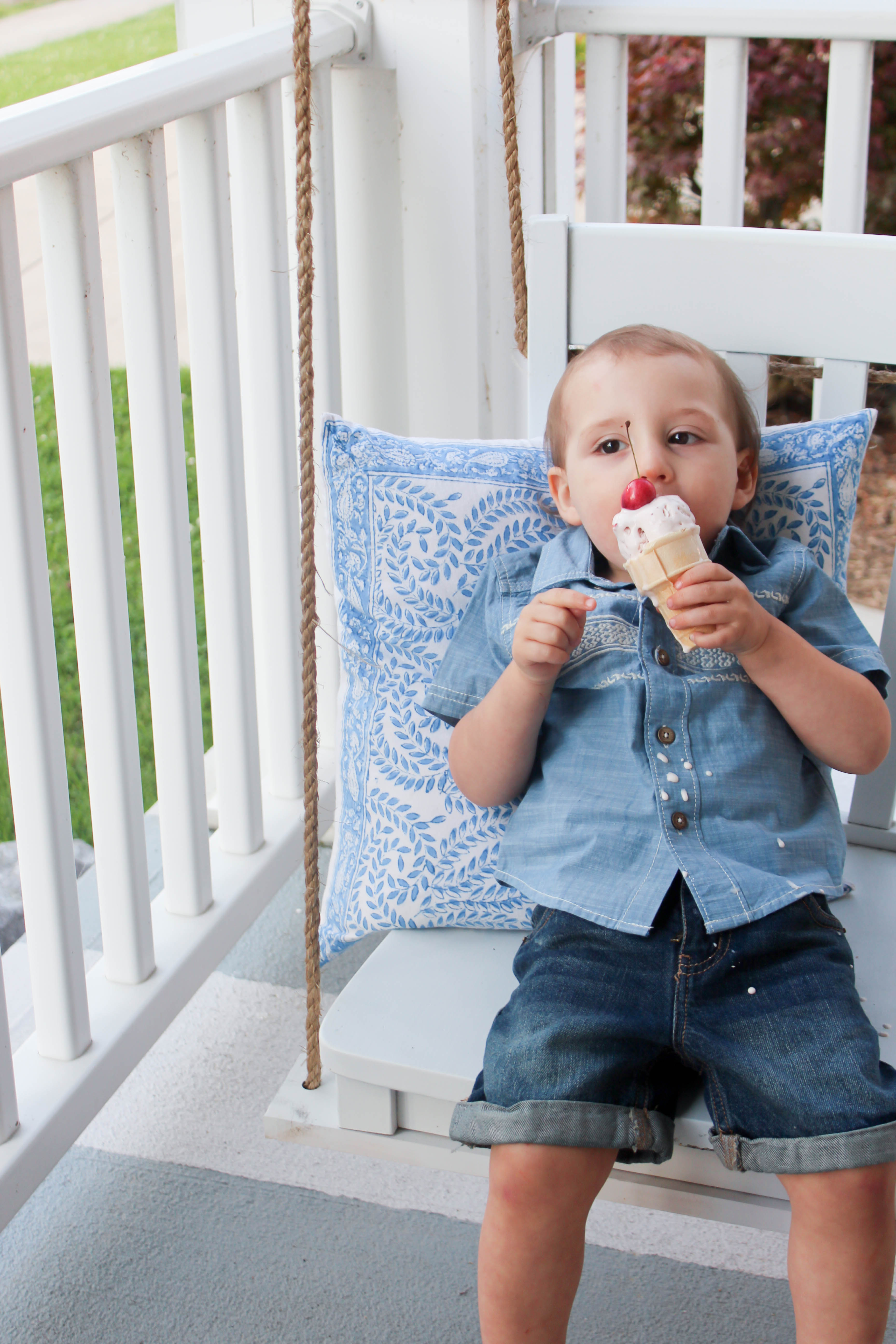 Summer Ice Cream Porch Decor