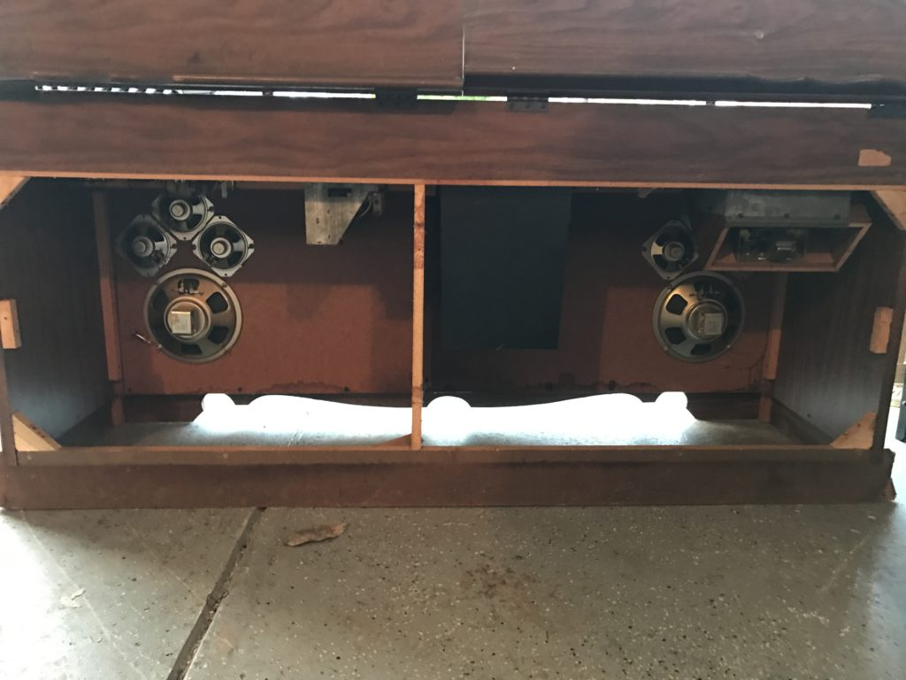 DIY stereo to bar